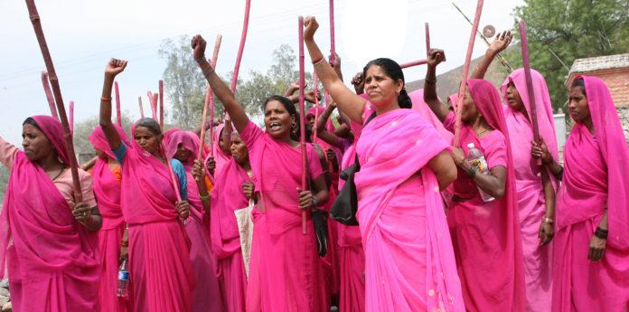 pink-sari-696x345